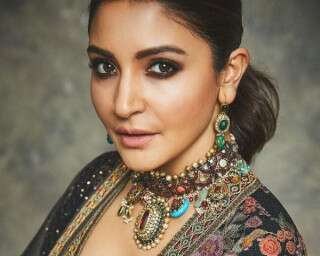 10 Celeb Inspired-Make Up Looks To Try This Festive Season