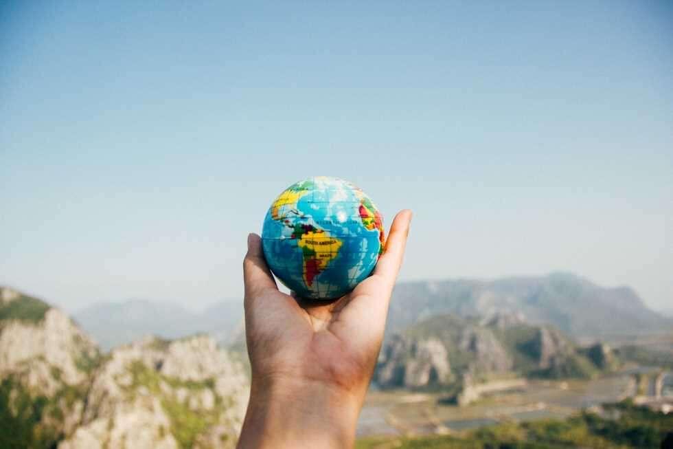 travel insurance globe