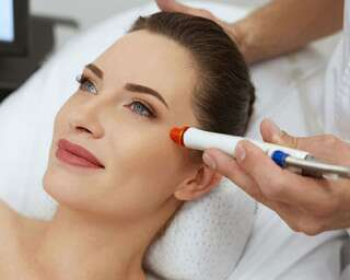 All About Pore Vacuum Device That Helps Remove Blackheads