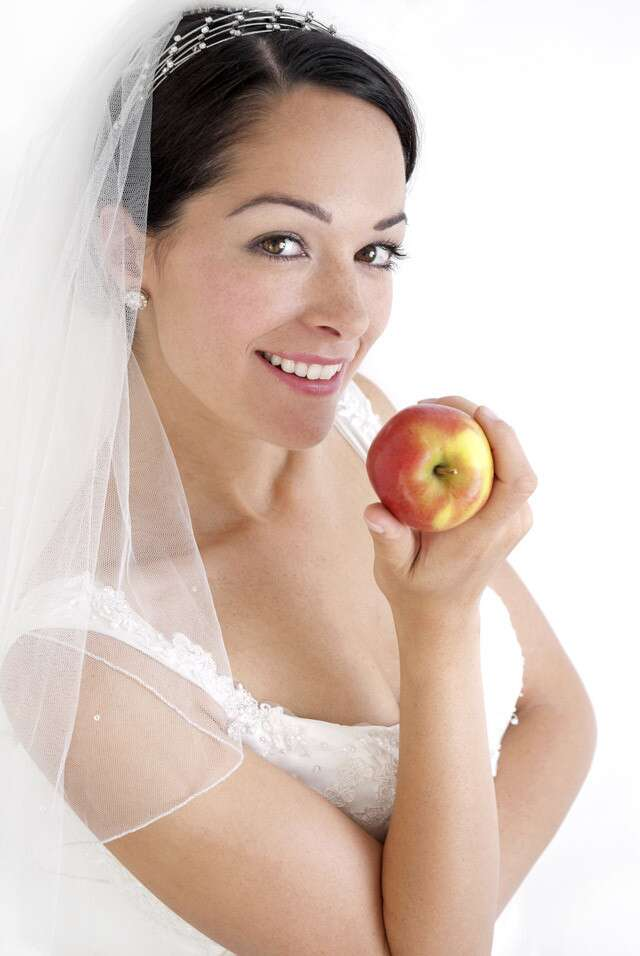 5 Tips To Follow Before the Wedding Day For Glowing Skin   Femina.in