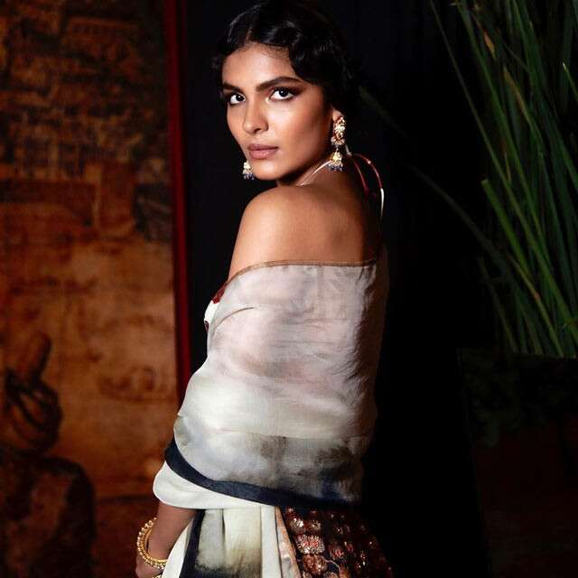 Bun Hairstyle With Lehenga: India Couture Week (ICW) 2020: Best Beauty Looks For