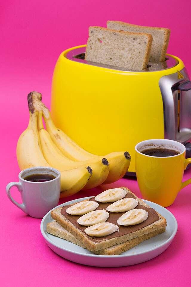 Healthy Late Night Snack: Chocolate Banana Waffle Sandwich