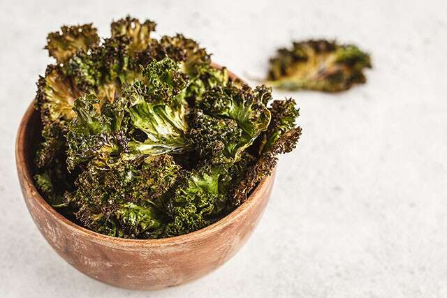 Healthy Late Night Snack: Kale Chips