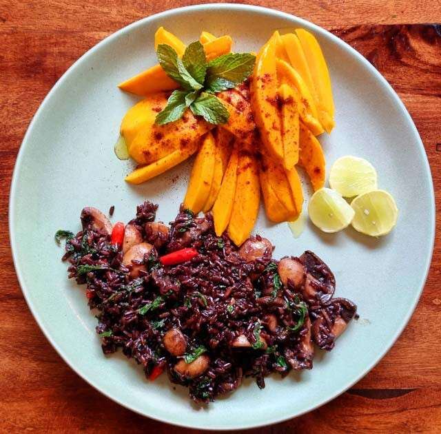 Black Rice With Mangoes On The Side