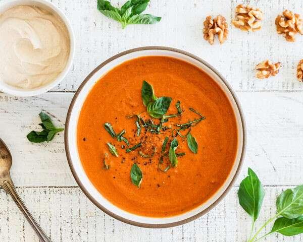 Creamy Walnut & Tomato Soup