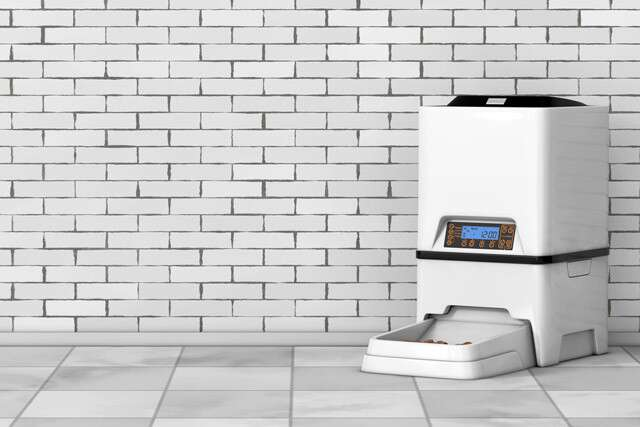 An Automatic Feeder To Save Your Plans