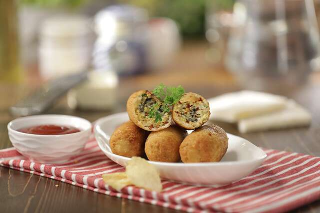 Father's Day Ranveer Brar recipes - Cheese Bread Rolls