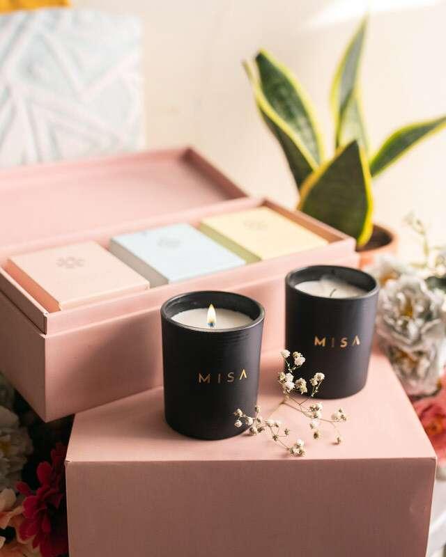 Luxury Candles, Misa