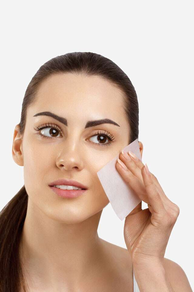 How To Check If You Have Oily Skin And Select The Right Face Pack?