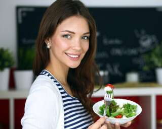 Here's Why You Should Say No To Fad Diets!