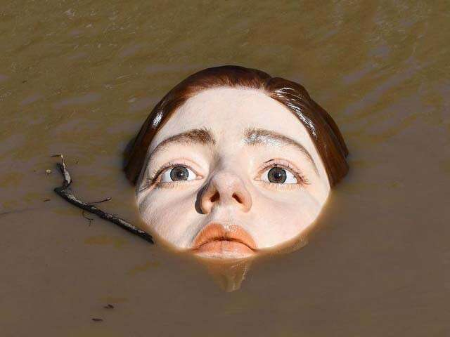 Bilbao drowning girl installation main
