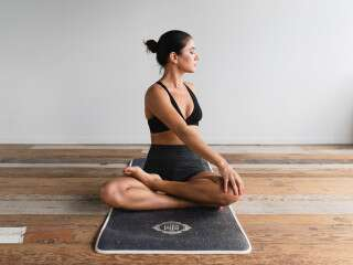 9 Yoga Asanas To Offset Anxiety & Stress From Your Mind & Body