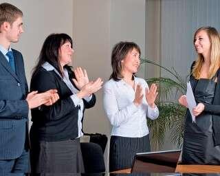 ऑफ़िस मीटिंग से पहले तनाव को कैसे भगाएं?