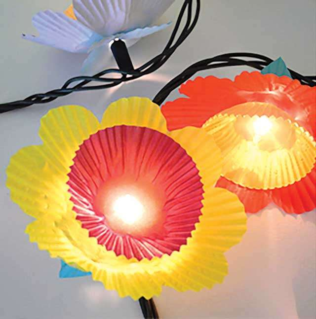 DIY: Cupcake flower lights