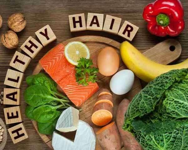 सेहतमंद बालों के लिए सही खानपान