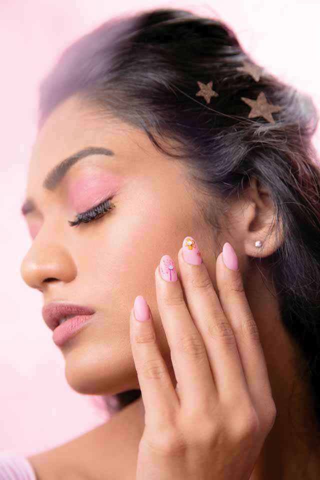 Get fairy look with pastel shades
