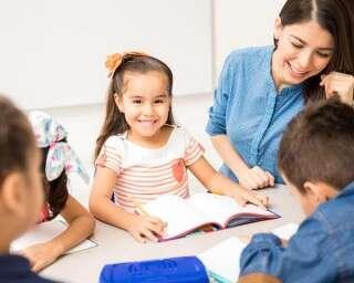 बच्चों को छोटी उम्र से ही सिखाएं कई भाषाएं