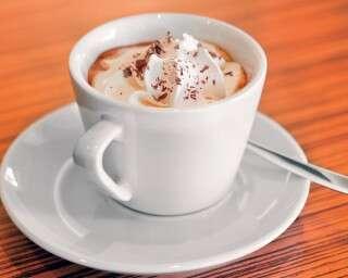 आपकी पसंदीदा कॉफ़ी क्या कहती है आपकी पर्सनैलिटी के बारे में?