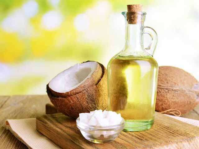 Reduce hair fall with aloe vera gel