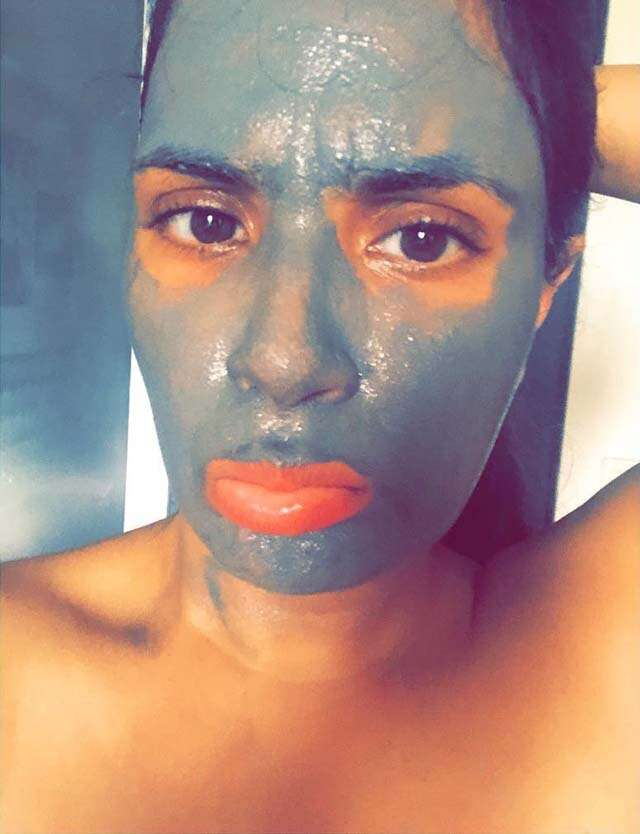 apply mud mask on your face like richa chadha