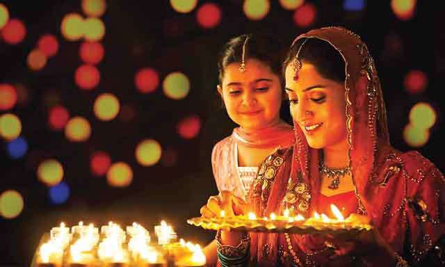 How Diwali is celebrated in different cities of India?
