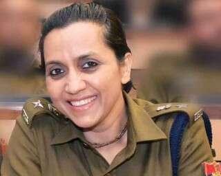 डीएसपी असलम ख़ान, जो दिखा रही हैं पुलिस का एक जुदा चेहरा!