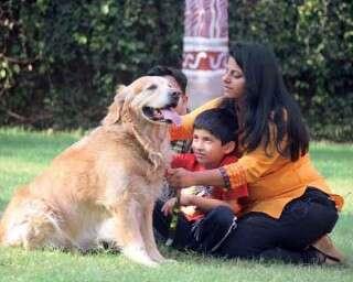 मीनल कविश्वर, जो सिखाती हैं पशुओं से प्रेम करना