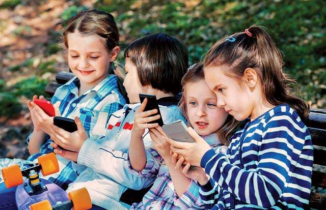 Side-effects of gadget screen on your child