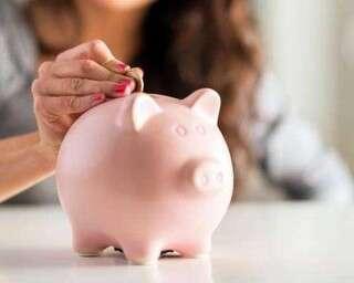 करोड़पति बनने के लिए इस उम्र से शुरू करें बचत
