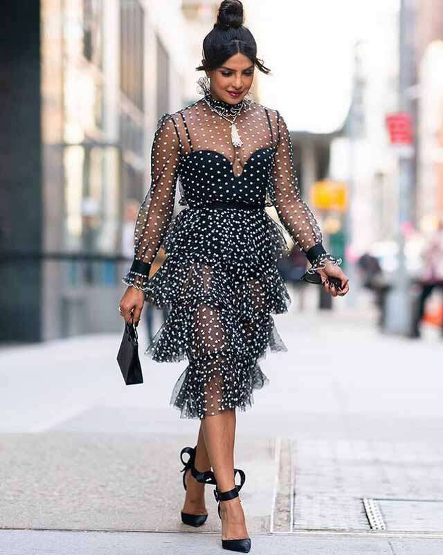 from '70s polka prints outfits are in fashion