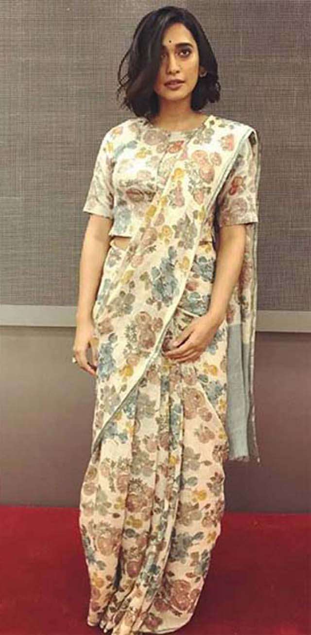 Try Sayani Gupta's these 7 simple saree looks