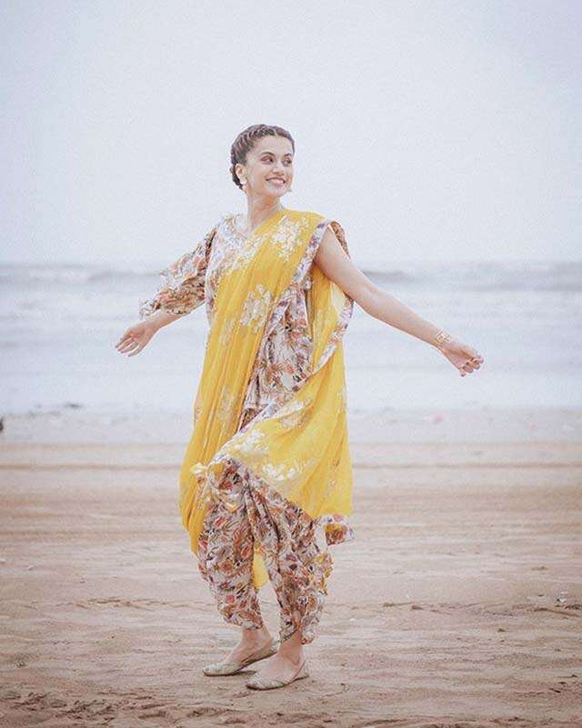Did you see these sari looks of Taapsee Pannu?