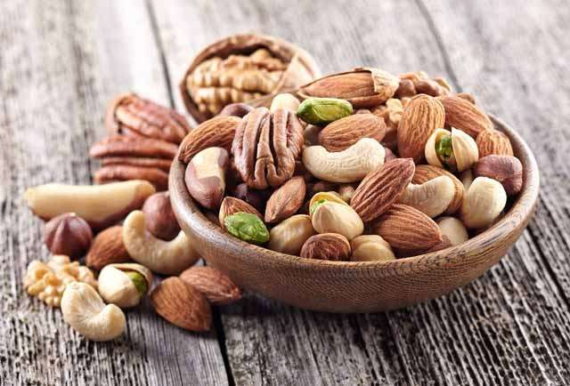 10 foods to include in your diet for hair growth