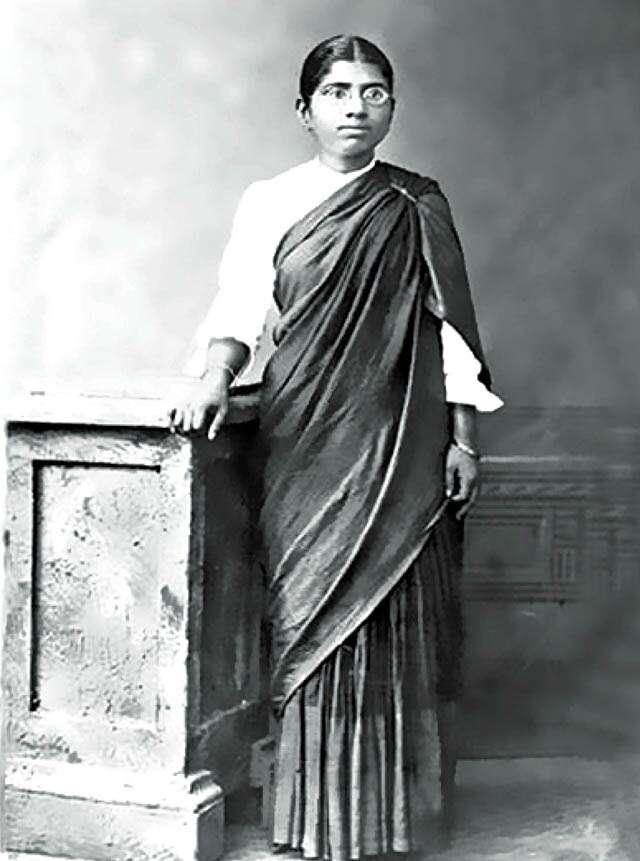 Kahani-Aadhi Bewa