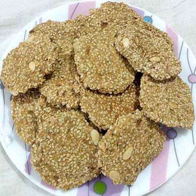 Flaxseeds and sesame bijore