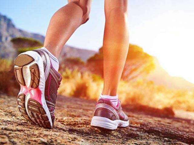 What is difference between running and walking shoes?