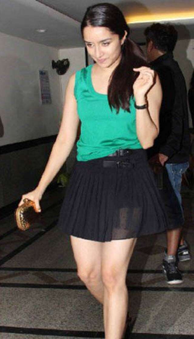 How to style mini skirts?