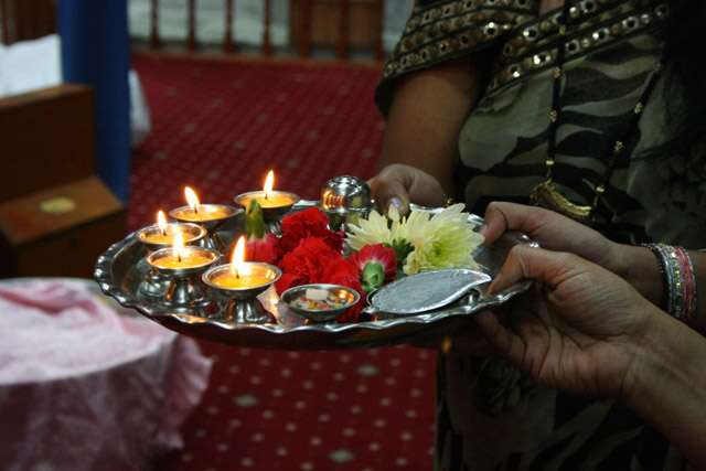 How to decorate Pooja thali for Diwali?