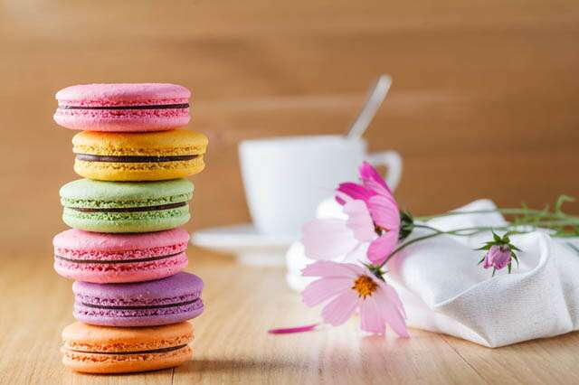 Two ways to make French Macarons