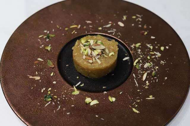 Kashmiri Dessert recipes: apple Halwa