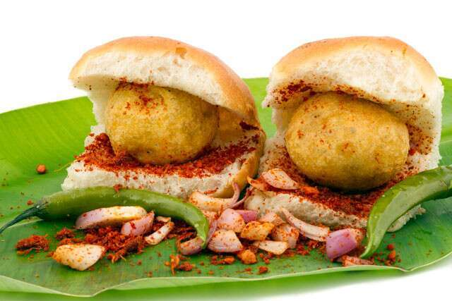 5 street foods of mumbai