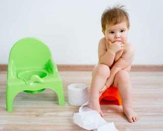 बच्चों को यूं दें टॉयलेट ट्रेनिंग