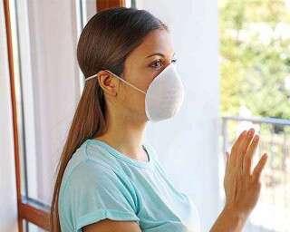 कोरोना वायरस के ख़तरे के बीच, ये चीज़ें आपको घर में तुरंत स्टोर कर लेनी चाहिए