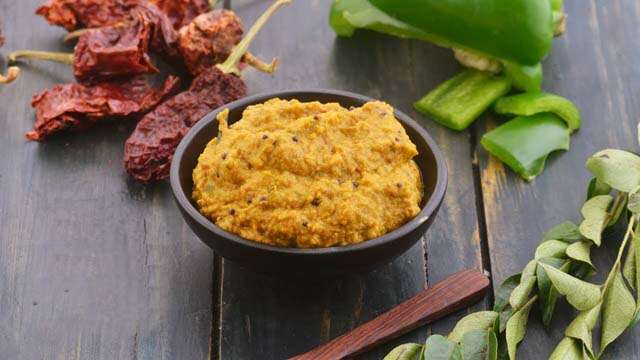 Shimla mirch ki chutney in hindi