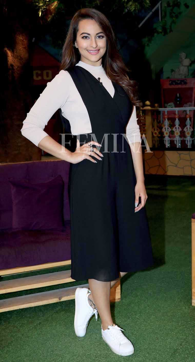 Sonakshi gives her monochrome separates from Madison a sporty twist with a pair of white sneakers.