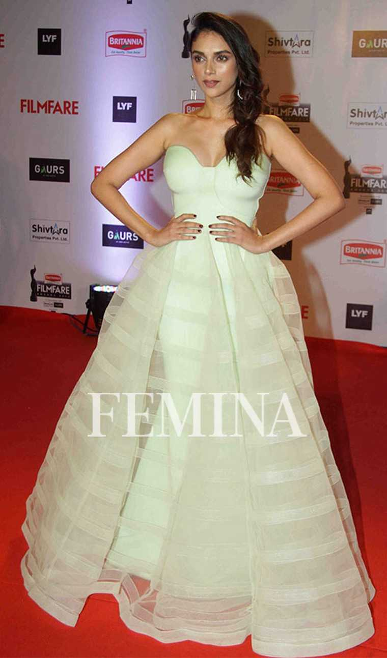 Mint is in! Alia and Aditi wear their favourite pastel