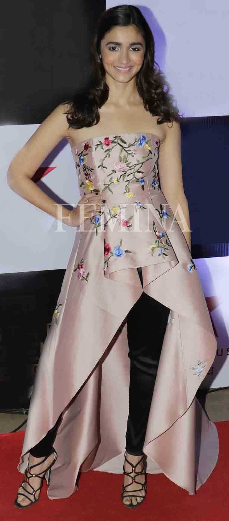 Alia Bhatt blush pink top