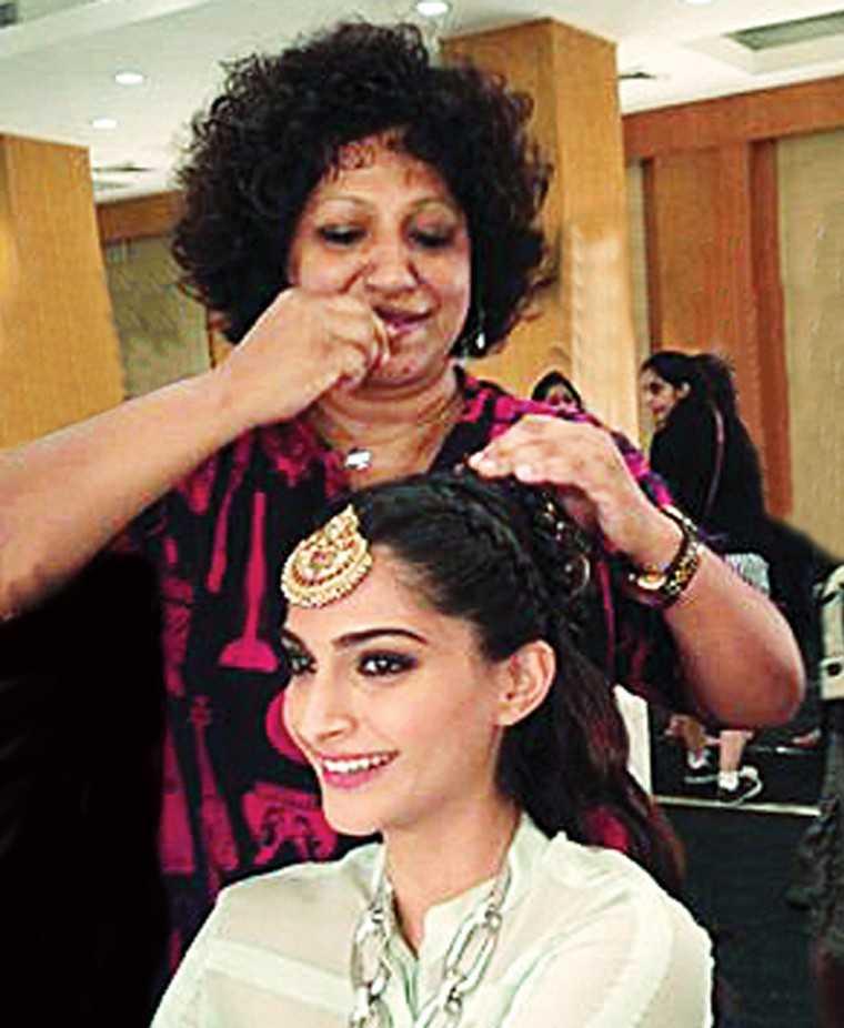 Ambika Pillai Gives Us Bridal Makeup Tips Femina In