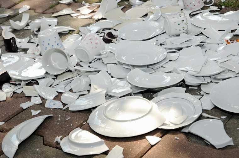 Denmark – Smashing plates at midnight