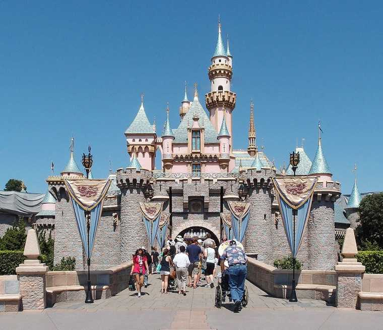 Mickey's Once Upon a Christmastime Parade, Disneyland, worldwide!